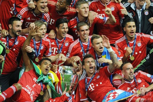 拜仁已经连续获得德甲冠军