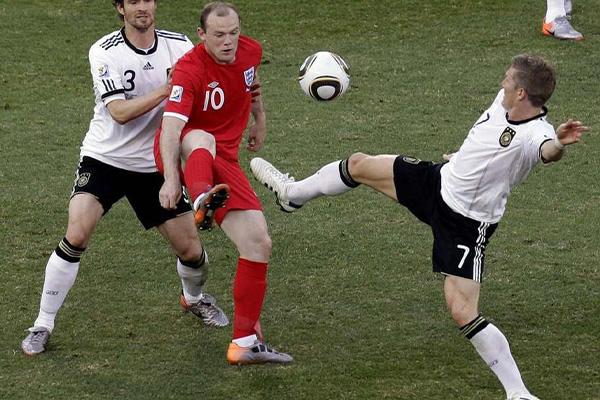 那时候球坛之中的巨星如云,不得不说2010世界杯十分精彩