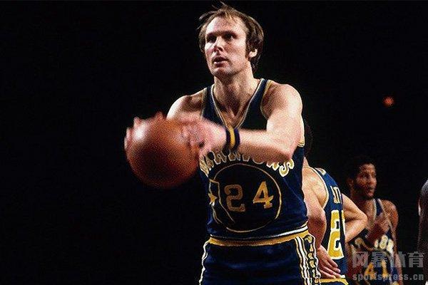 NBA总决赛场均得分第一的巴里