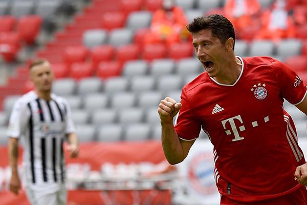 目前拜仁火力仍然十足,接下来的联赛就是为欧冠练兵