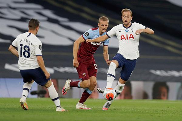 英超热刺对阵西汉姆联 热刺2-0拿下复赛首胜!