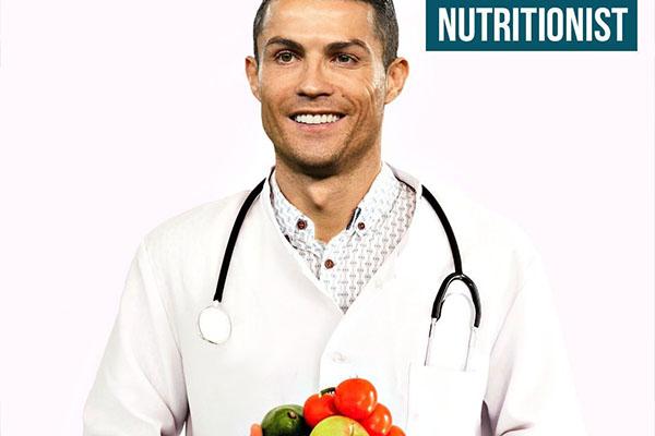 C罗有些营养医生的感觉,保持好的身材