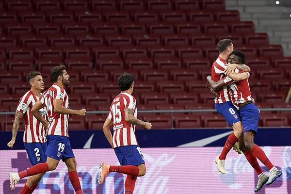 <b>马德里竞技2比1击败阿拉维斯 马竞稳固西甲欧冠区</b>