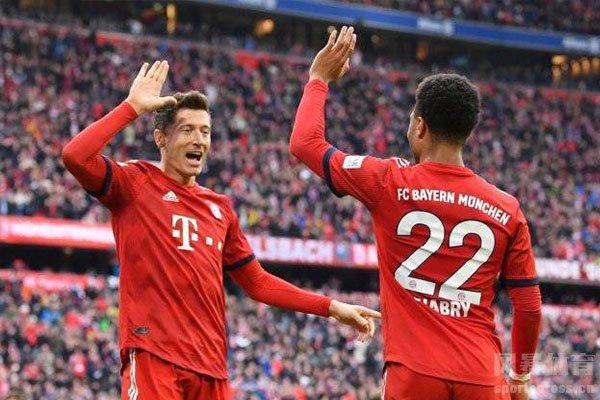 拜仁与沃尔夫斯堡交战中拜仁更加强大