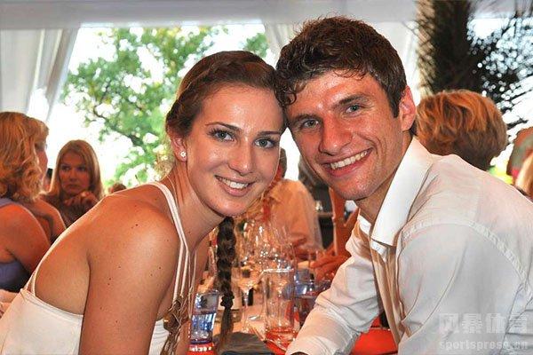 穆勒和妻子已经结婚了十年