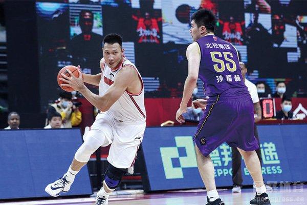 易建联夺CBA常规赛得分王 广东45分大胜北控