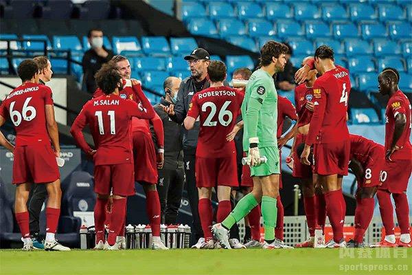 曼城4-0大胜利物浦 红军半场丢3球状态低迷