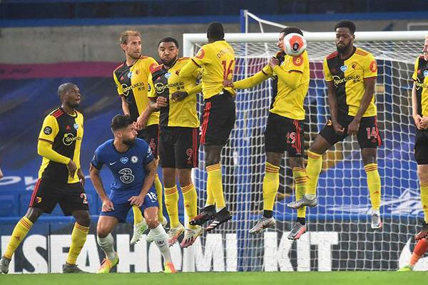 切尔西3比0击败沃特福德 切尔西仍然处于英超第四