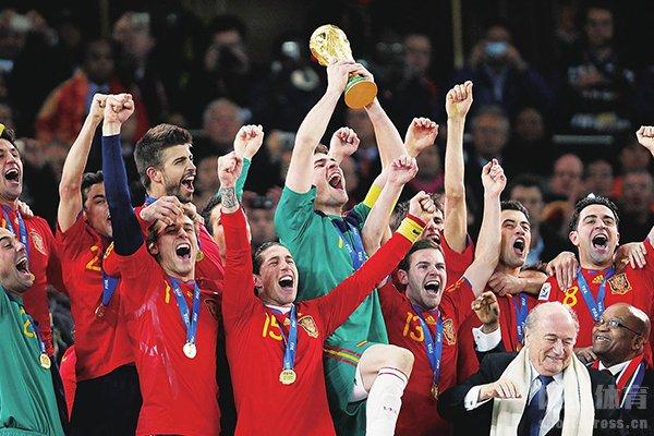 西班牙队在2010世界杯拥有着十分精彩的表现