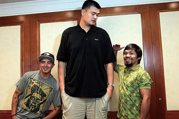 姚明是巨人症吗?姚明是自然身高还是巨人症?