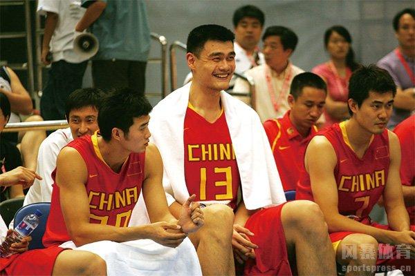 姚明效力中国男篮