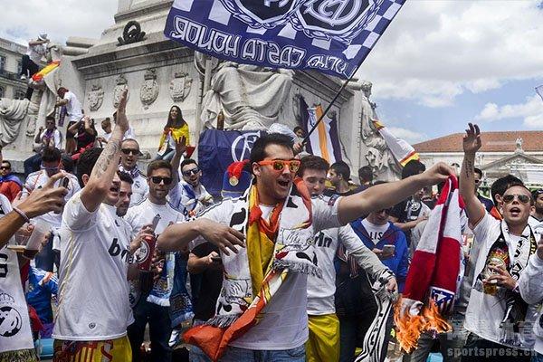 而皇马也是呼吁球迷不要上街游行庆祝