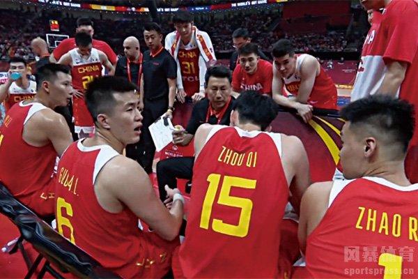 李楠执教没能带领男篮出线