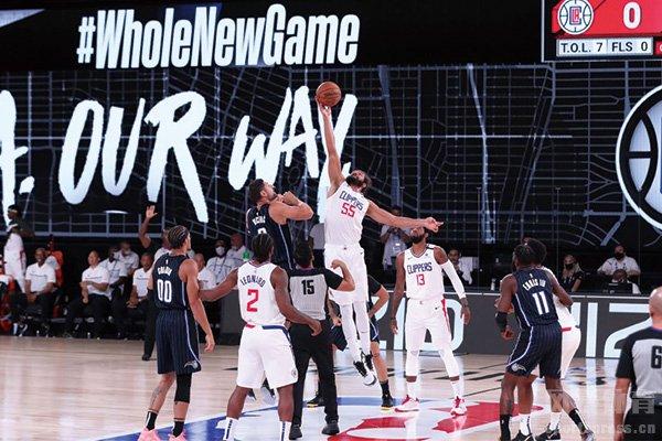 NBA热身赛开打 快船胜魔术篮网负鹈鹕