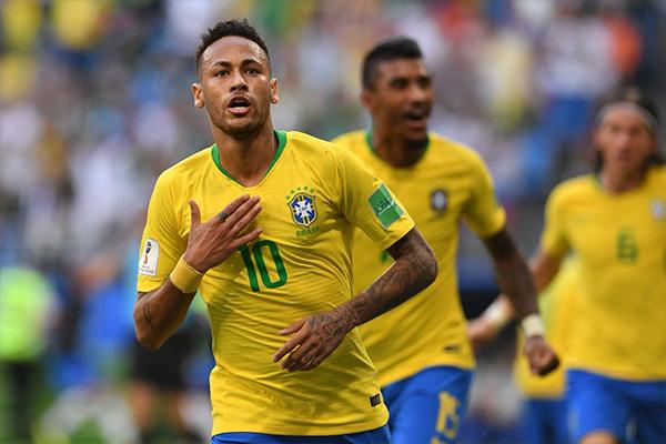 巴西10号是谁?巴西历史上10号谁最强?