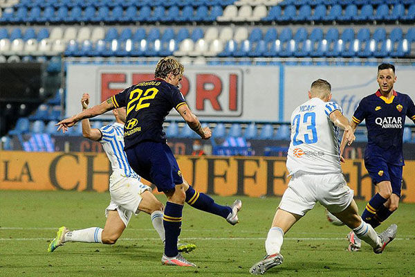 意甲联赛第35轮,罗马客场6比1击败斯帕尔