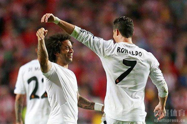两人的友谊在足坛之中堪称经典