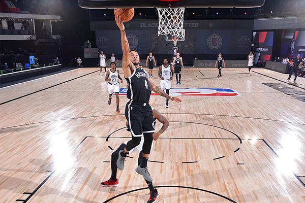 NBA常规赛篮网129比120击败快船