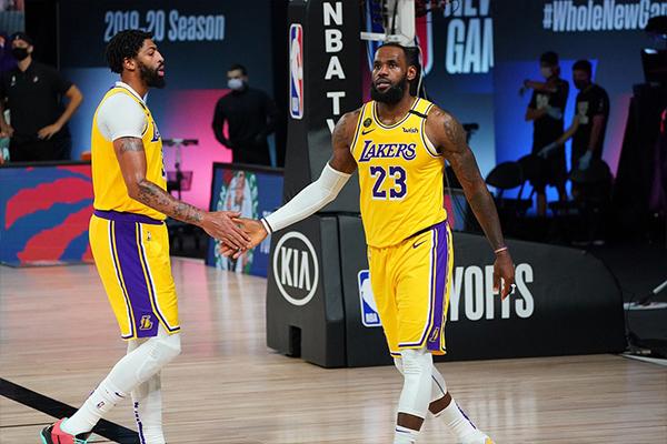 湖人凭借本场比赛的胜利,最终总比分4比1击败开拓者,成功晋级NBA西部半决赛