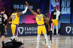 NBA季后赛湖人131比122击败开拓者