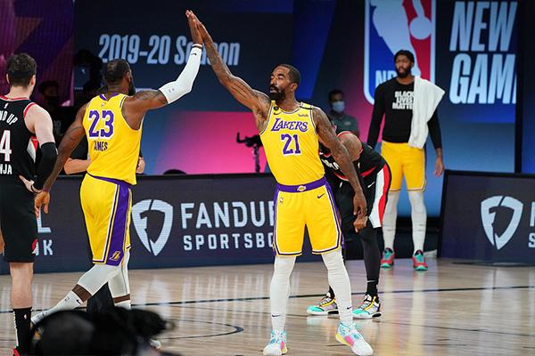 NBA季后赛第五轮,湖人131比122击败开拓者,不得不说目前湖人拥有着非常强大的实力