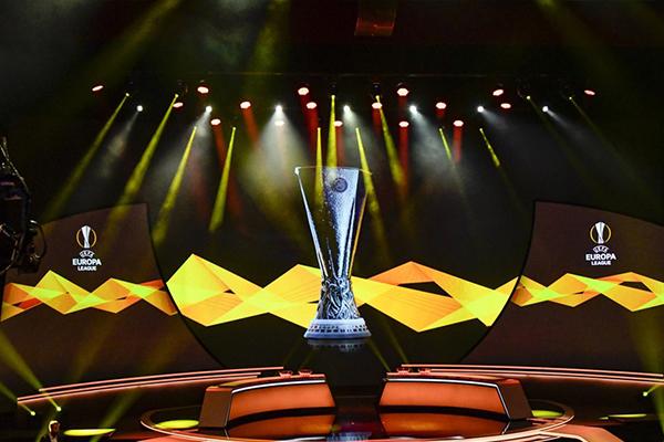 在北京时间10月2日,欧冠小组赛也正是抽签宣布