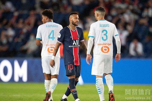 法足联也是就内马尔的行为给出了禁赛的处罚