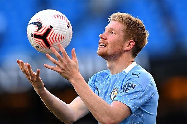 <b>专栏:足球手球规则争议不断 禁区碰到就要给点球</b>