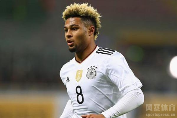 另一方面格纳布里的助阵让德国队更加强大