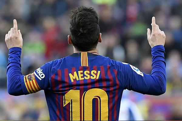 梅西改变主意可能留在巴萨!合同到期后梅西会直接离队!