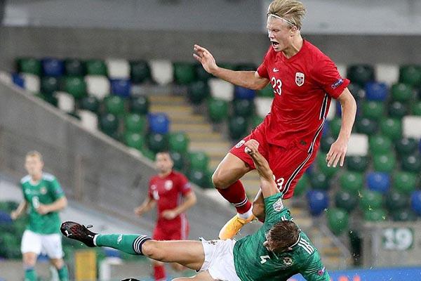 <b>欧国联挪威5比1完胜北爱尔兰!哈兰德上演梅开二度!</b>