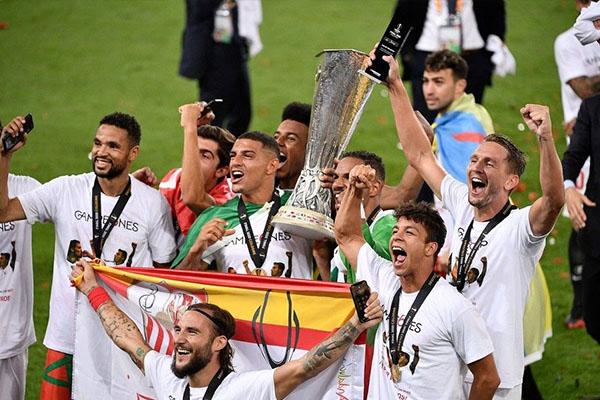<b>欧联杯历届冠军都有谁?欧联杯谁的冠军次数最多?</b>