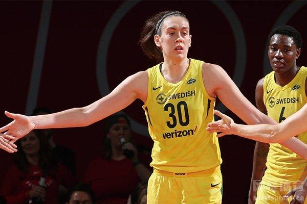 WNBA风暴横扫王牌夺冠 斯图尔特当选总决赛MVP