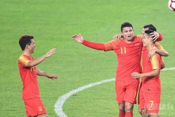 期待中国队参加2022卡塔尔世界杯的舞台
