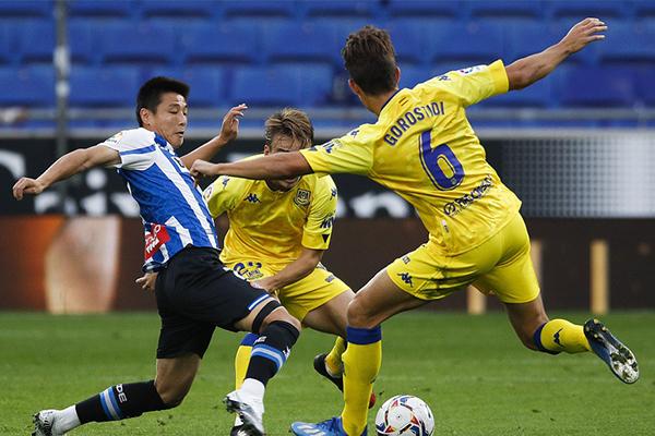 目前来说在西乙联赛第五轮,西班牙人1比0击败阿尔科孔