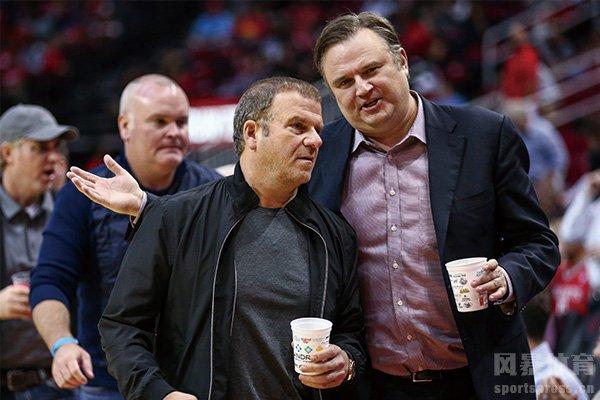 莫雷和球队老板