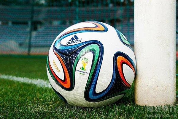 俱乐部的积分是根据联赛和国际大赛共同决定的