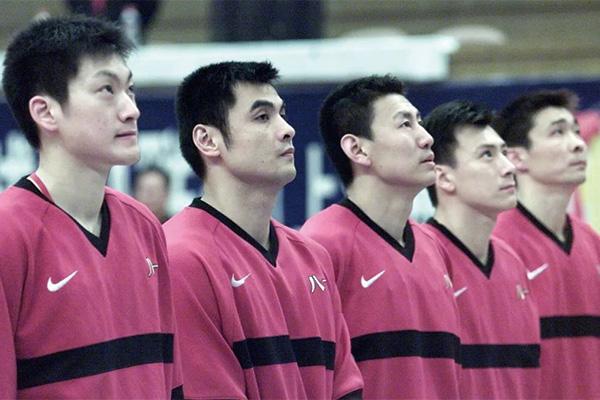 八一男篮队员