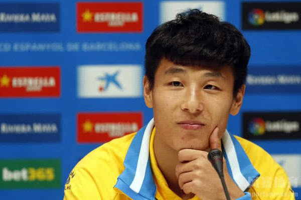 武磊对于中国足球的进步是有着贡献
