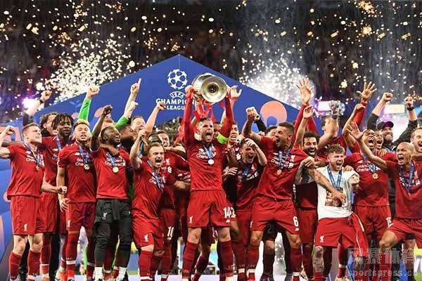 上赛季利物浦获得了英超冠军