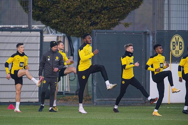 多特蒙德训练备战德甲 本赛季仍然想争夺冠军