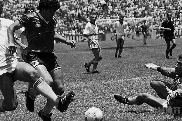 马拉多纳是阿根廷人民的英雄