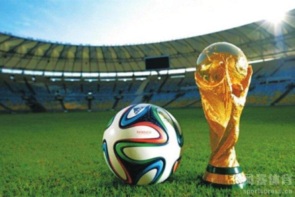 世界杯小组赛也是全力拼搏的战场