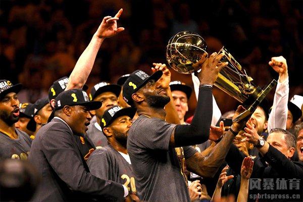 詹姆斯帮助骑士获得NBA总冠军