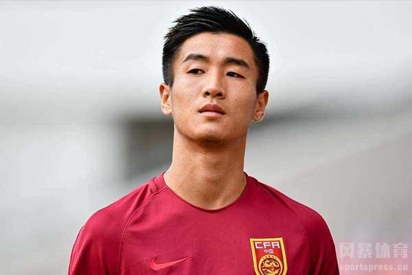 这也提醒中国球员要把国家队放在第一位