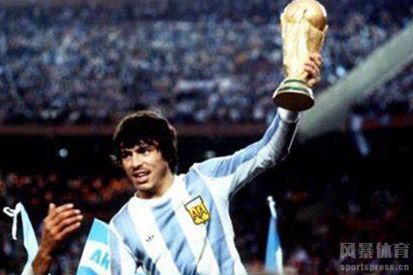 最终阿根廷队击败荷兰队夺冠