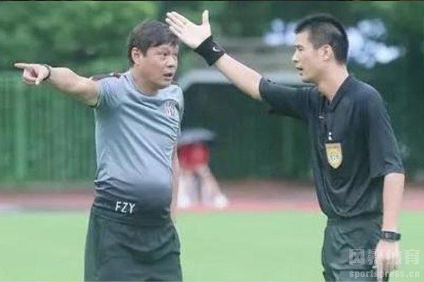 范志毅曾经脾气上来掌掴裁判员
