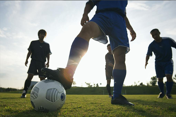 弧线球怎么踢?弧线球的原理是什么?