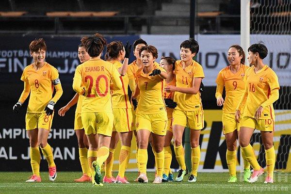 大连女足曾经获得三连冠