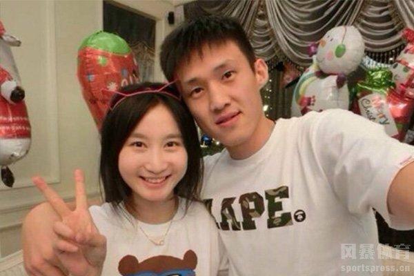 周鹏和刘美在2013年结婚